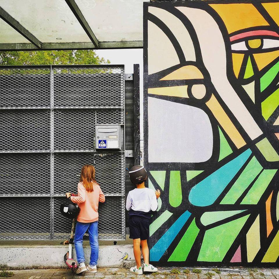 street art family
